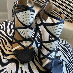 High Heel Sandals ◾️◽️